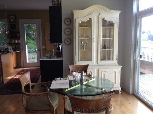 personal retreat dining room